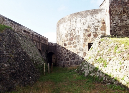 High Knoll Fort (800x581) (3)