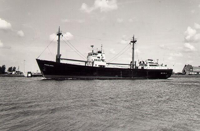 hilma_hooker-5234515-cargo-ship-1083