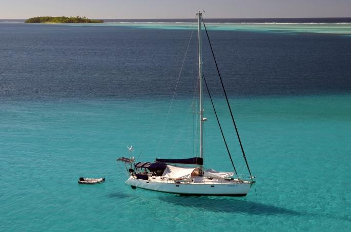 Utopia from the masthead in Chagos.jpg